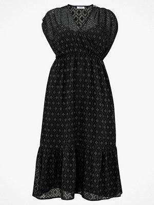 La Redoute Ärmlös omlottklänning i midilängd