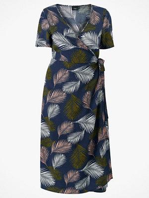 Zizzi Omlottklänning mCroco S/S Wrap Dress