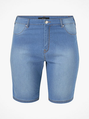 Zizzi Shorts Janna, slim fit
