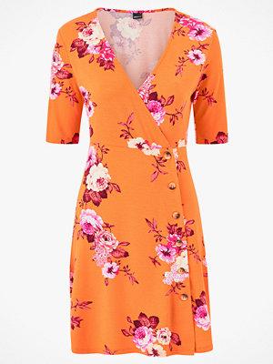 Gina Tricot Omlottklänning Laura Button Dress