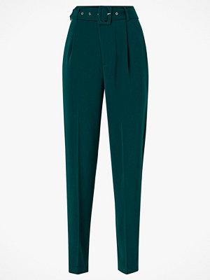 Gina Tricot Byxor Ellen Belted Trousers mörkgröna
