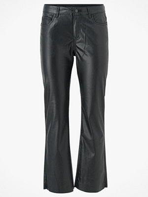 Vero Moda Byxor vmShiela MR Kick Flare PU Coated Pants svarta
