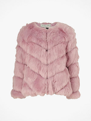 By Malina Fuskpäls Oria Faux Fur Jacket