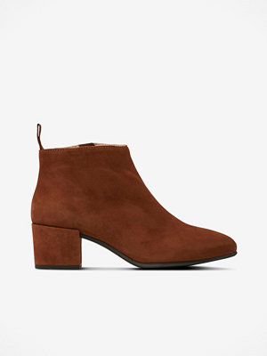 Shoebiz Boots Friannah Low