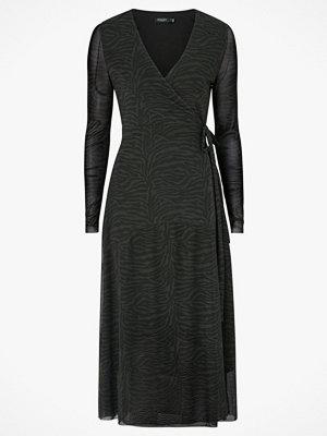 Soaked in Luxury Omlottklänning Jewel Dress