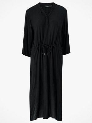 Soaked in Luxury Klänning Zaya Dress, leopardmönstrad