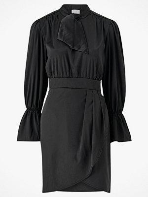 Vila Klänning viAsta L/S Tie Neck Dress