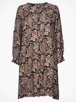 Masai Klänning Nelly Shirt Dress