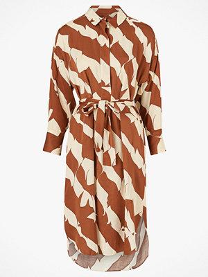 Festklänningar - Second Female Klänning Distance LS Dress