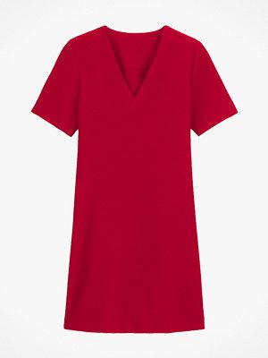La Redoute Utställd klänning i crêpe med V-ringning och kort ärm