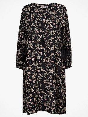Masai Klänning Noatta Dress