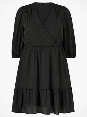 Vero Moda Curve Klänning vmDana 3/4 Short Dress