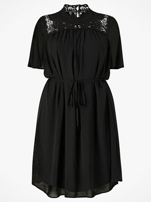 Only Carmakoma Klänning carCatty Bat Wing Knee Dress