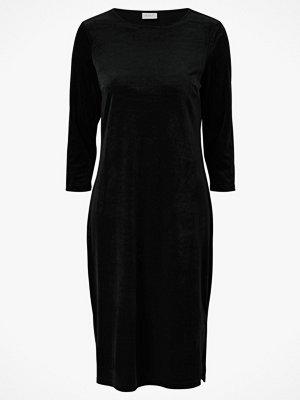Vila Sammetsklänning viMinny Velvet New 3/4 Sleeve Dress