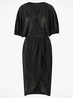 Vero Moda Omlottklänning vmDagny Dress