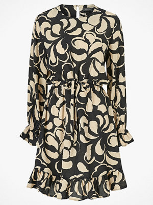 Soaked in Luxury Klänning Anika Dress