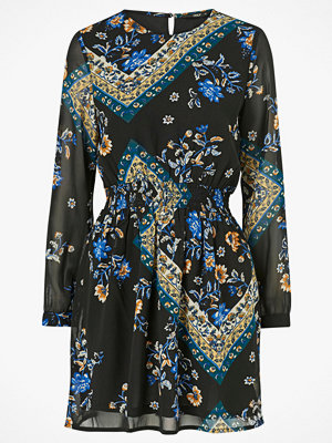 Only Klänning onlNina L/S Short Dress