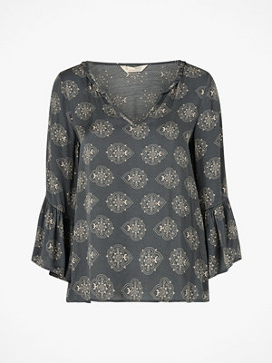 Odd Molly Blus My Medallion Blouse