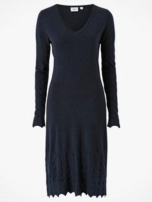 Saint Tropez Stickad klänning