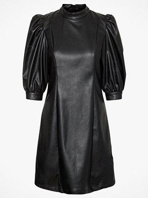 Festklänningar - Vero Moda Klänning vmGwenhazel 3/4 PU Puff Dress