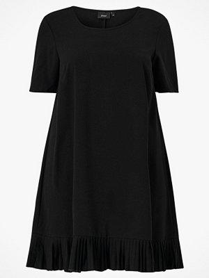 Zizzi Klänning xAda Knee Dress