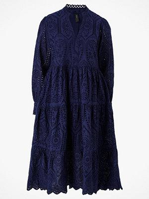 Y.a.s Spetsklänning Holi LS Midi Dress