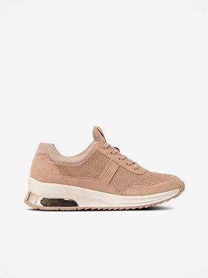 Tamaris Sneakers med blankt parti