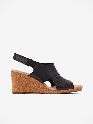 Sandaler & sandaletter - Clarks Sandalett Lafley Joy