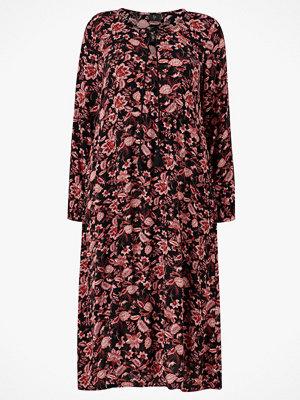 Zay Klänning yAfroditte L/S Dress Maxi