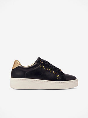 Duffy Sneakers med nitar