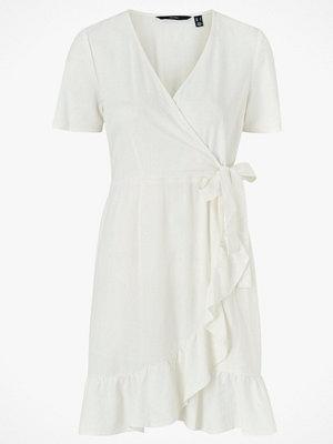 Vero Moda Omlottklänning vmHelenmilo S/S Wrap Dress