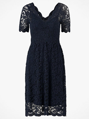 Object Spetsklänning objRosa S/S Dress 108