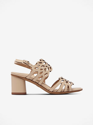 Sandaler & sandaletter - Tamaris Sandalett med utskuret mönster