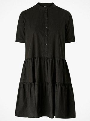 Vero Moda Klänning vmDelta 2/4 Abk Dress Wvn