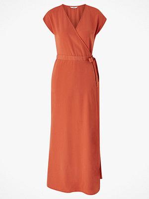 Only Maxiklänning onlMina S/S Ancle Dress Wvn