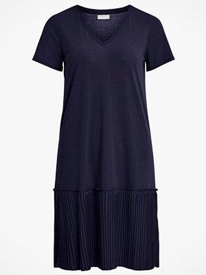 Vila Klänning viPliss S/S Dress