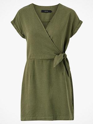 Vero Moda Klänning vmLisa SS Short Wrap Dress