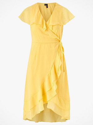 Vero Moda Omlottklänning vmMaya S/S Wrap Frill Dress