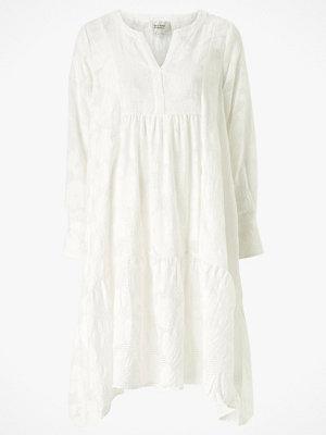Second Female Klänning Mila LS Midi Dress