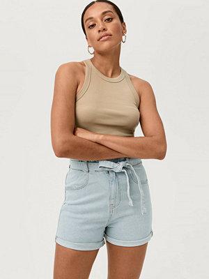 Shorts & kortbyxor - Gina Tricot Jeansshorts Paperbag Denim Shorts