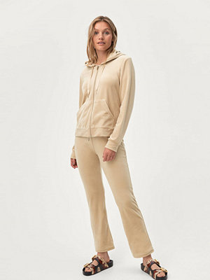 Gina Tricot Velourbyxor Cecilia Velour Trousers omönstrade