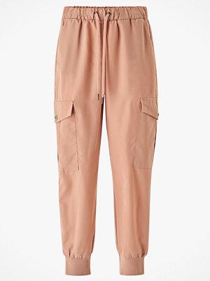 Only Byxor onlMedea-Junia MW Cargo Pant beige