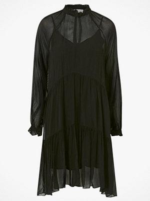 Second Female Klänning Tul Dress