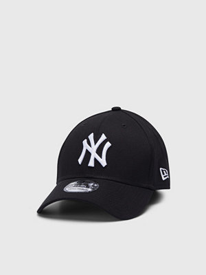 Kepsar - New Era 39 Thirty New York Yankees Black/White