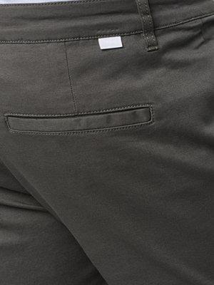 Shorts & kortbyxor - Mouli Borian Shorts Dark Green