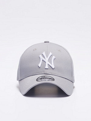 Kepsar - New Era 9 Forty NY Yankees Sporty Grey