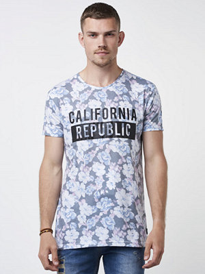 Speechless Carlifornia Republic Tee