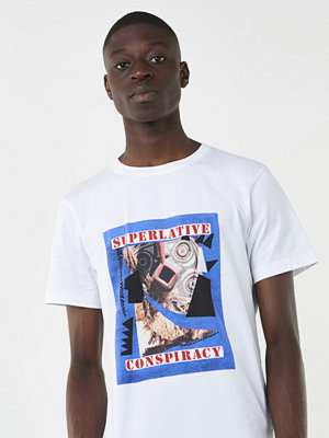 T-shirts - WESC Max Voodoo Collage White