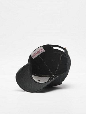 Mitchell & Ness Team Logo Low Pro Strapback Own Brand Black