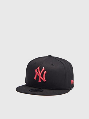 Kepsar - New Era 9 Fifty NY League Essential Black/Lava Red